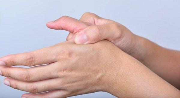 Hướng dẫn sử dụng găng tay bảo hộ lao động đúng cách