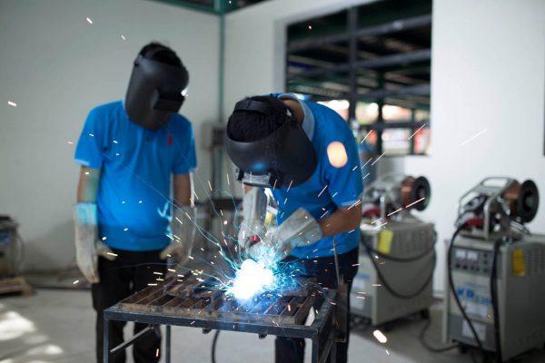 Giữ an toàn trong sản xuất cơ khí